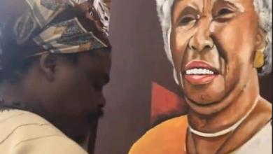 Photo of Black Twitter Reacts To Rasta's Painting Of Mam' Dorothy Masuka