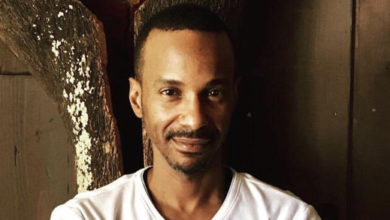 Photo of Tevin Campbell Blown Away By Local Designer